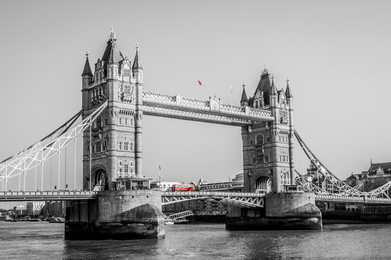 Tower Bridge </br> Londres