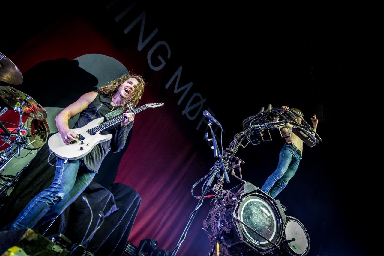 Mark Vollelunga & Jonny Hawkins / Nothing More </br> @Casino de Paris