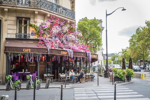Rue Beaujon </br> Paris