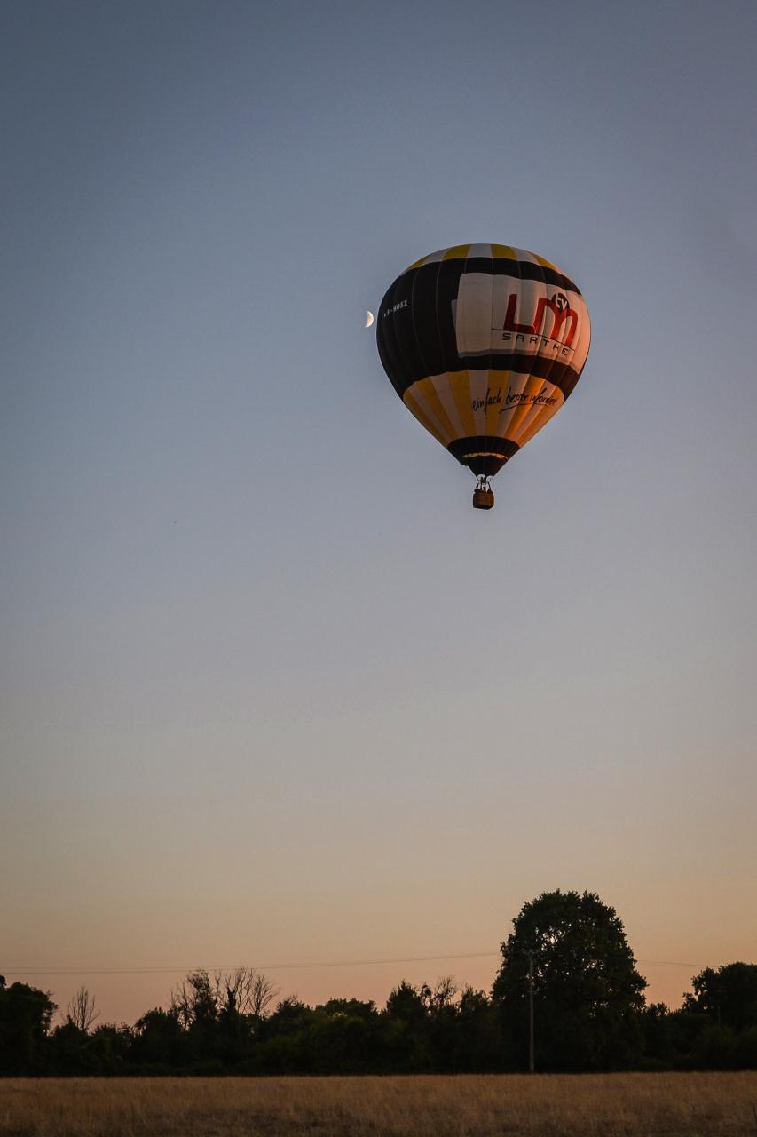 Lune et Montgolfière / Sarthe